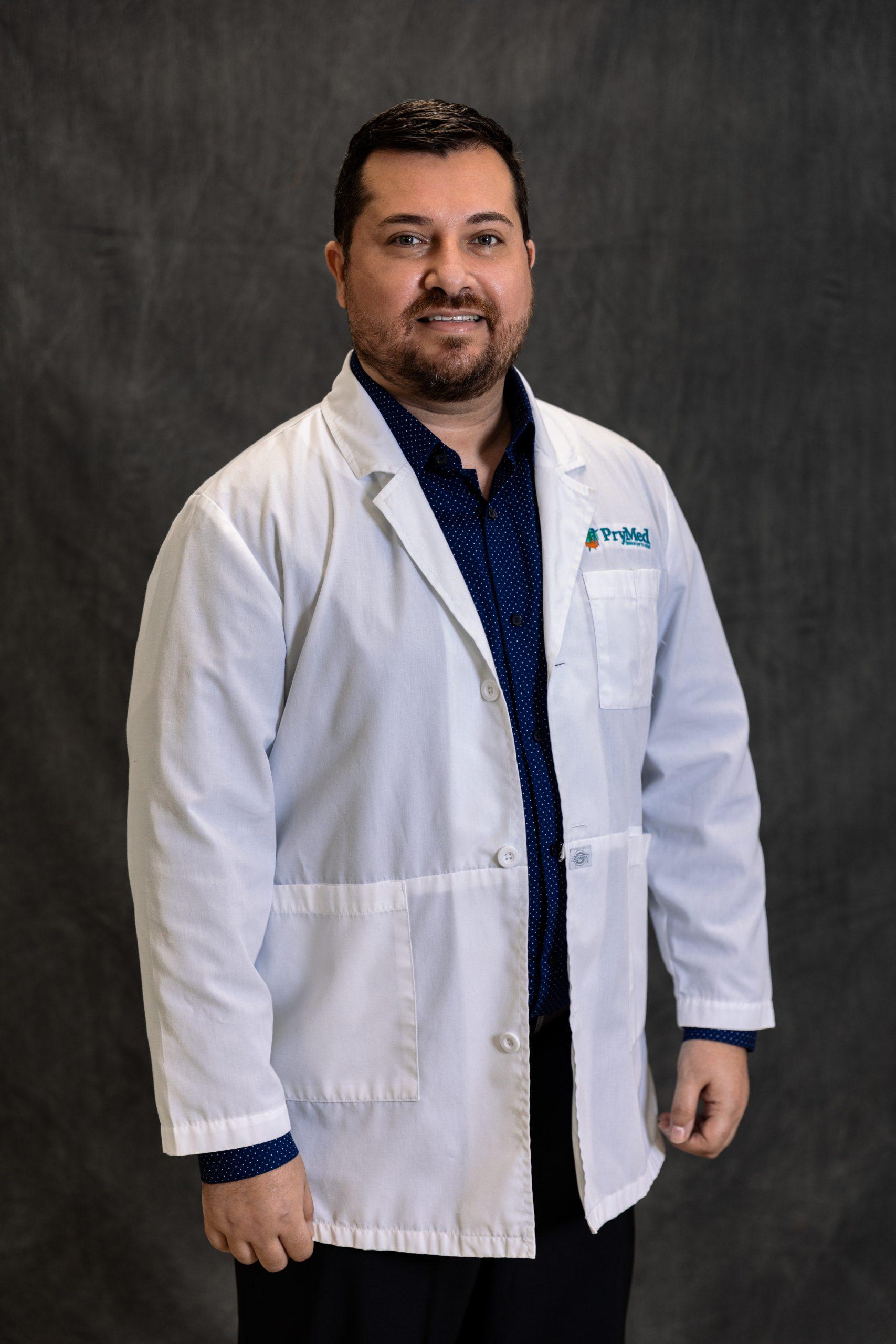 Dr. Juan Figueroa Carrer